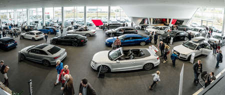 Photo pour Baden-Baden, Germany - October 10, 2015: New models of the brand Audi in a dealer's showroom in Baden-Baden, Germany - image libre de droit