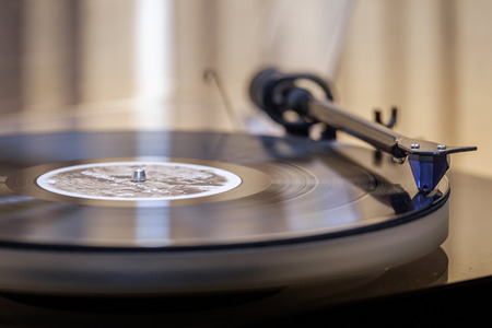 Foto für Vintage vinyl record player - Lizenzfreies Bild