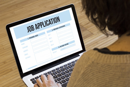 Photo pour job search online concept: job application on a laptop screen - image libre de droit