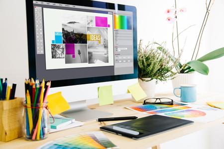 Foto de Graphic design studio - Imagen libre de derechos