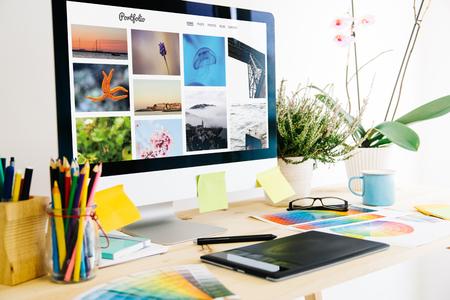 Foto de portfolio website Graphic design studio - Imagen libre de derechos