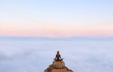 Photo pour Serenity and yoga practicing,meditation in Laos, view from Nong Khiaw village - image libre de droit