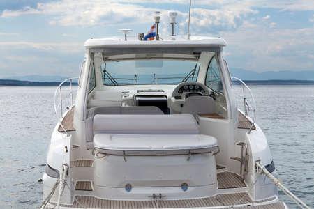 Photo pour Powerboat interior - image libre de droit