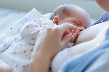 Photo pour benefits of breastfeeding for newborns. happy motherhood. family values. - image libre de droit