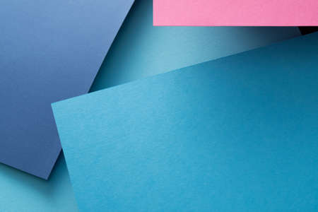 Photo pour abstract geometric paper texture background. angled design of blue layers. copyspace concept. - image libre de droit