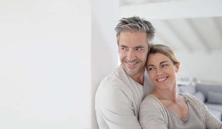 Photo pour Portrait of mature couple looking toward the future - image libre de droit
