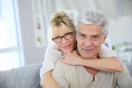 Photo pour Happy senior couple embracing each other - image libre de droit
