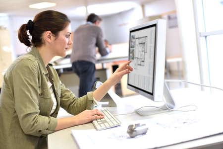 Foto de Industrial designer working on desktop computer - Imagen libre de derechos