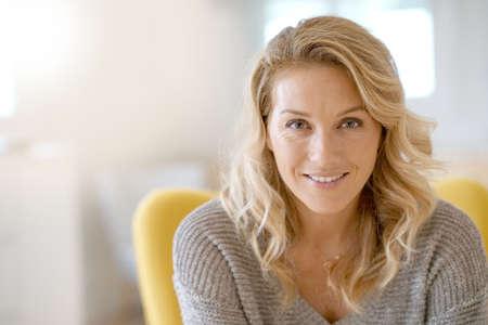 Foto de Portrait of beautiful 40-year-old blond woman - Imagen libre de derechos