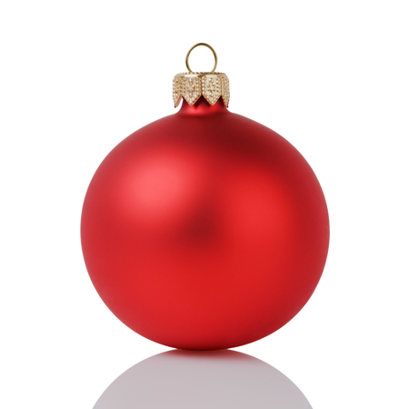 Photo pour red christmas ball isolated on white background - image libre de droit
