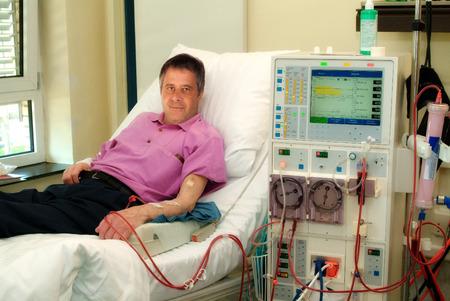 Foto de Patient in a clinic in dialysis  - Imagen libre de derechos