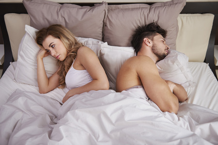 Foto de Frustrated couple with serious problems - Imagen libre de derechos