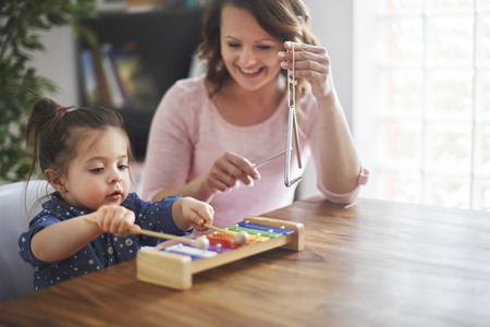 Photo pour Try to develop hobbies of child - image libre de droit