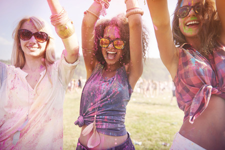 Photo pour Colorful girls during the festival - image libre de droit