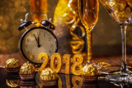 Foto de 2018 New Year's Eve celebration background - Imagen libre de derechos