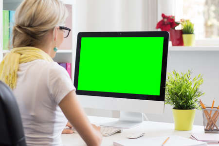 Foto de Blank computer display for your own presentation or business concept - Imagen libre de derechos