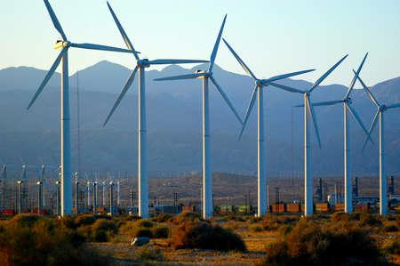 Foto de Clean energy generated by wind turbines in Palm Springs, California. - Imagen libre de derechos