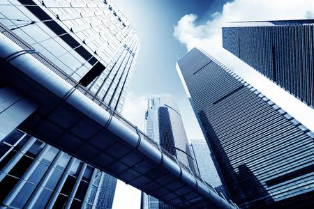 Photo pour Metropolis of Shanghai's modern office building - image libre de droit
