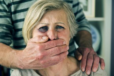 Photo pour Domestic violence - image libre de droit