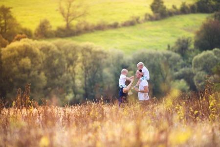 Foto de Family in nature - Imagen libre de derechos