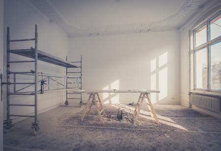 Photo pour home renovation - room during renovation  / restoration   - image libre de droit