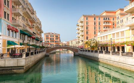 Foto de Venice like Qanat Quartier at the Pearl in Doha, Qatar - Imagen libre de derechos
