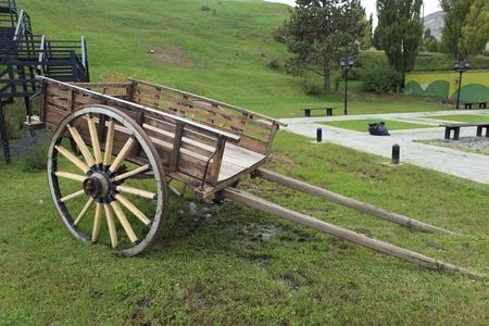 Photo pour An old carriage in Argentina - image libre de droit