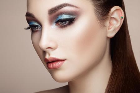 Foto für Beautiful woman face. Perfect makeup. Beauty fashion. Eyelashes. Lips. Cosmetic Eyeshadow - Lizenzfreies Bild