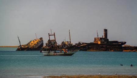 Foto de Panorama of Berbera port and beach with boats, Somalia - Imagen libre de derechos