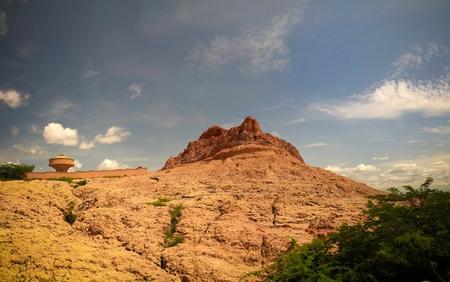 Photo pour Panoramic landscape view to sahel and oasis at Dogondoutchi, Niger - image libre de droit