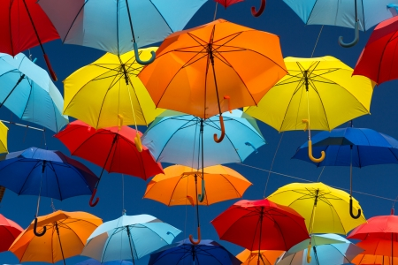 Photo pour Lots of umbrellas coloring the sky in the city of Agueda, Portugal - image libre de droit