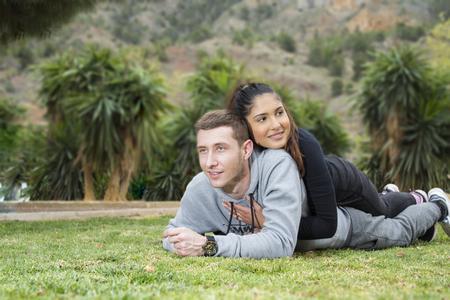 Foto de Young boy and girl in the park_7 - Imagen libre de derechos