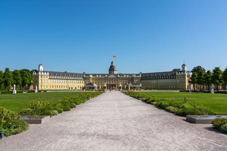 Foto de Karlsruhe Palace Center of City Germany Castle Schloss Architecture Park - Imagen libre de derechos