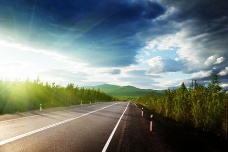Photo pour road in Russian mountains - image libre de droit