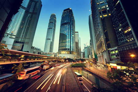Foto de traffic in Hong Kong at sunset time  - Imagen libre de derechos