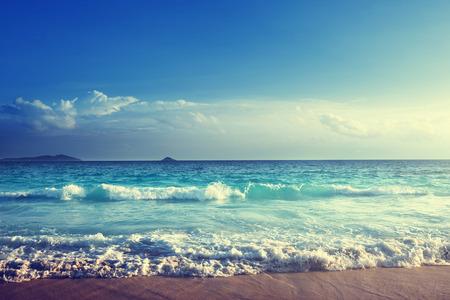 Photo pour seychelles beach in sunset time - image libre de droit