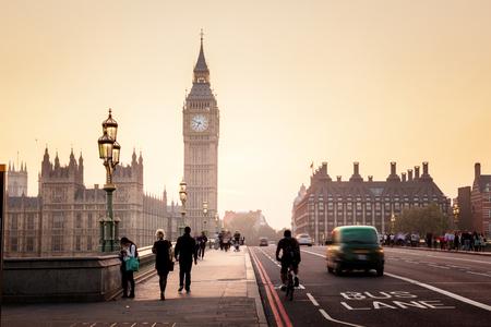 Photo pour Westminster Bridge at sunset, London, UK - image libre de droit