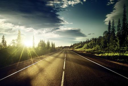 Foto de road in mountains - Imagen libre de derechos