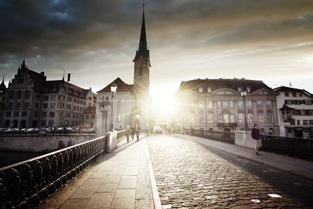 Foto de city center of Zurich with famous Fraumunster Church, Switzerland - Imagen libre de derechos
