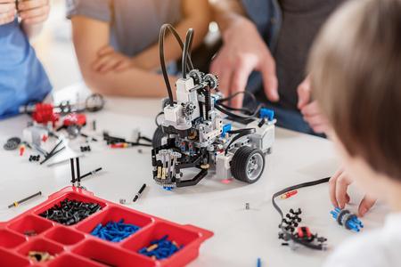 Foto de Technical toy on table full of details - Imagen libre de derechos