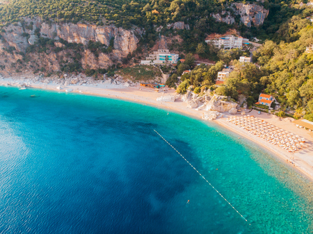 Foto de Aerial view of the beaches of the Adriatic coast in Montenegro - Imagen libre de derechos