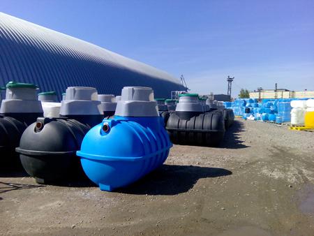 Photo pour Septic tanks and other storage tanks at the manufacturer factory depot - image libre de droit