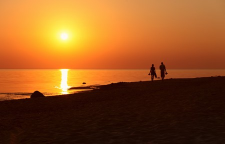 Photo pour sunset on a sea beach - image libre de droit
