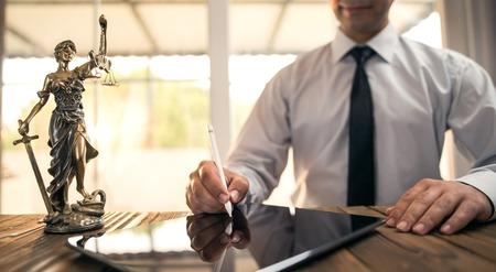 Foto de Digital Signature Concept with Tablet and Stylus Pen - Imagen libre de derechos