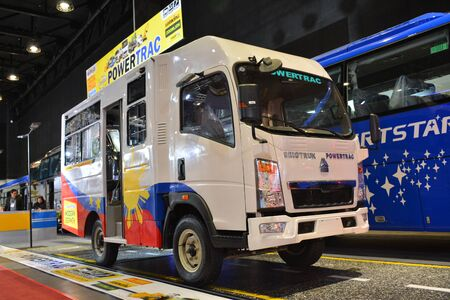 Foto de PASAY, PH - AUG. 17: Sinotruk Powertrac public utility vehicle on August 17, 2018 at Transport and Logistics in World Trade Center Metro Manila, Pasay, Philippines. - Imagen libre de derechos