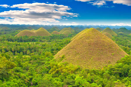 Photo pour Chocolate hills panorama, Bohol island, Philippines - image libre de droit