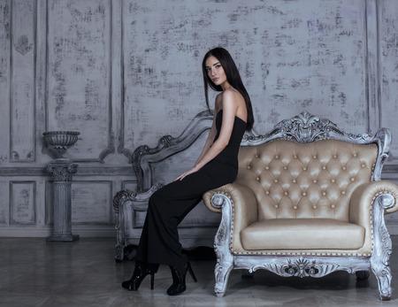 Photo pour beauty young brunette woman in luxury home interior, fairy bedroom - image libre de droit