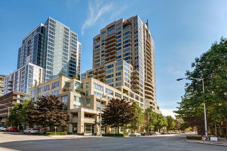 Foto de View of Apartment building with clear sky background. Northwest, USA - Imagen libre de derechos