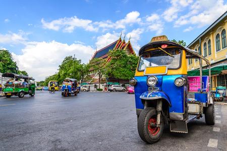 Foto de Blue Tuk Tuk, Thai traditional taxi in Bangkok Thailand. - Imagen libre de derechos