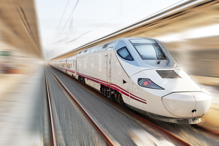 Foto per Modern Hi-Speed  Passenger Train. Motion effect . - Immagine Royalty Free